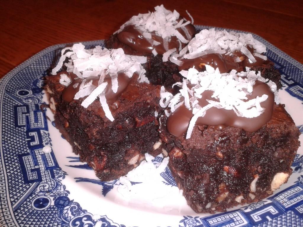 Almond Joyful Brownie Bites
